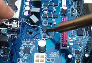 300x205 Electronic components