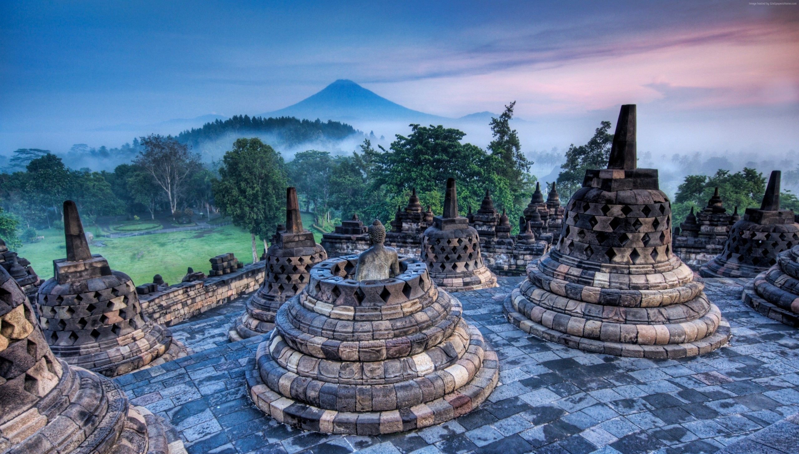 Why Should You Localize Your Content in the Indonesian Market?